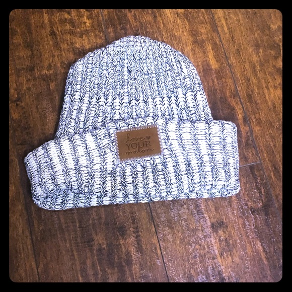 Love Your Melon Accessories - Love your melon beanie. Gray and white. Cuffed